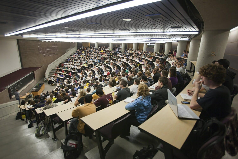 Üniversitelere Karne Verilecek